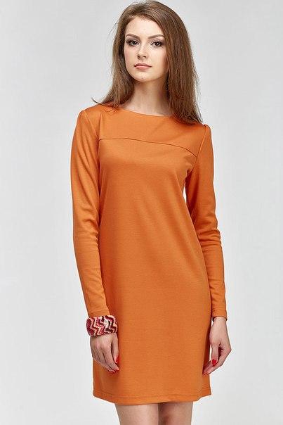 Платье из трикотажа прямое